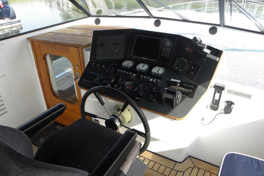 Van den Hoven - Pacific 148 Excl.