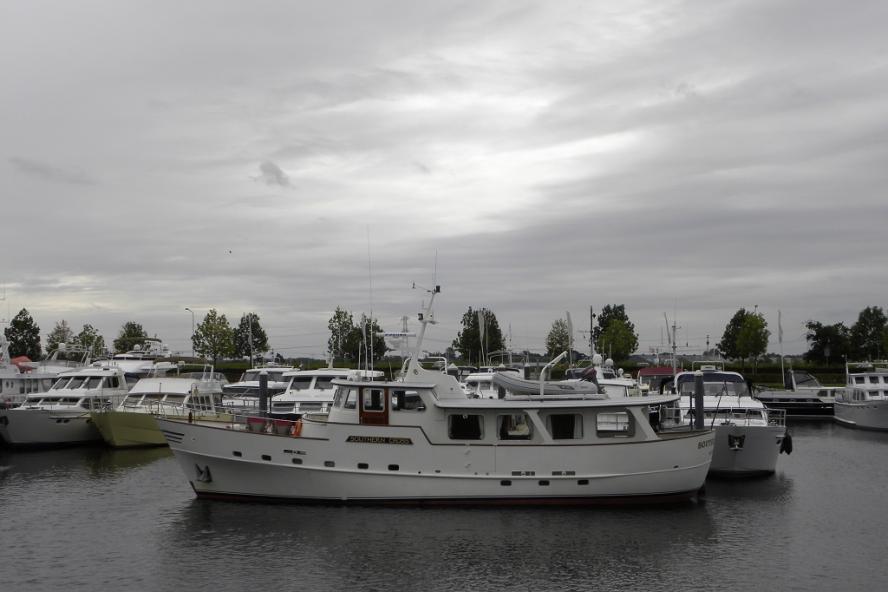 Classic Motor Yacht - 57
