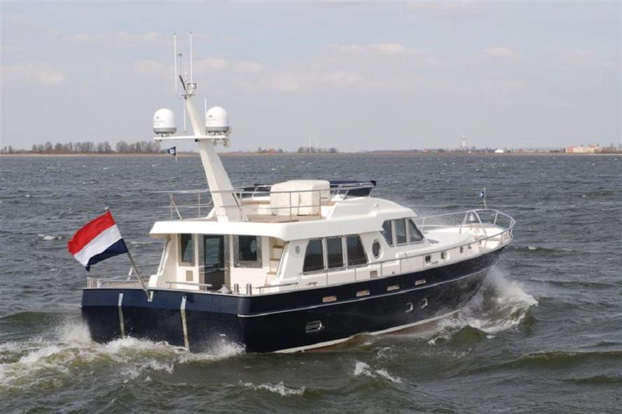 Privateer - Silverline Trawler 1500