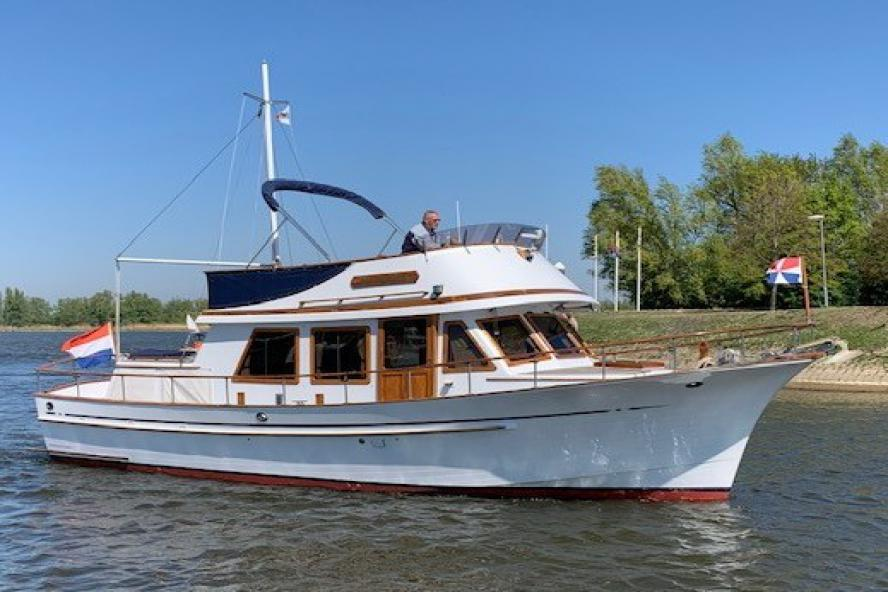 Hershine - Trawler 37