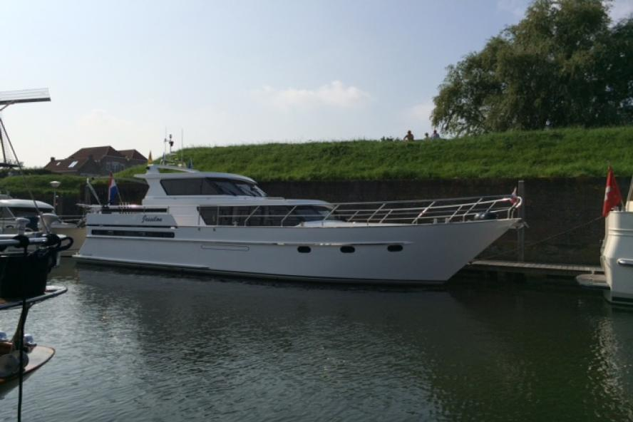 Pacific - Verhoeven Royal 49